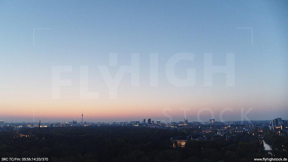 Berlin Tiergarten Skyline Hub morgens