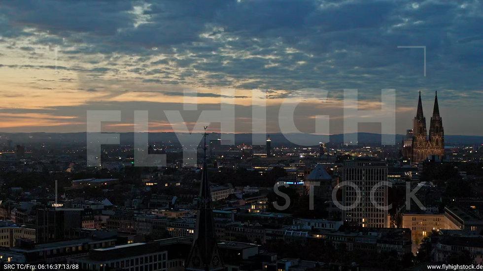 Köln Stadtgarten Parallelflug nachts C051_C007