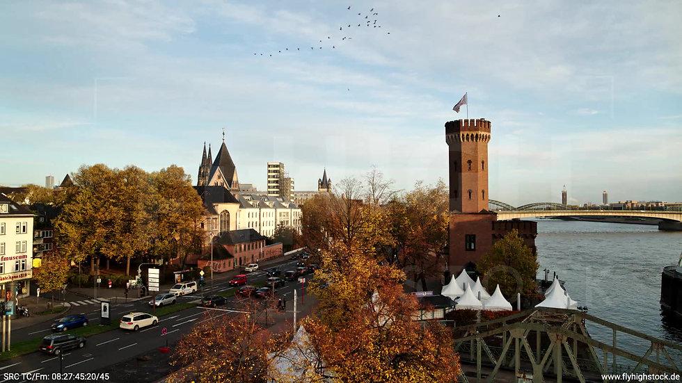 Köln Rheinauhafen Skyline Hub morgens C026_C003