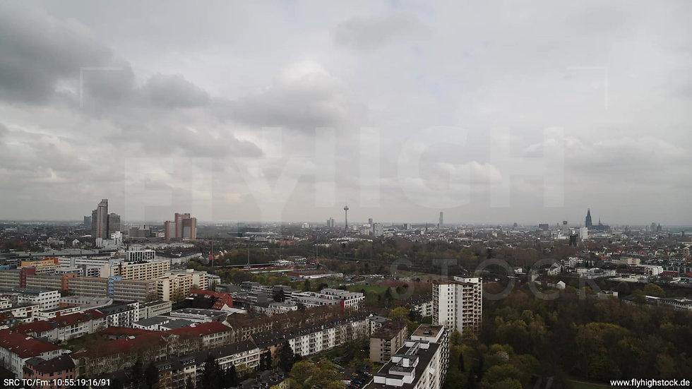 Köln Vorgebirgspark Skyline Rückflug tagsüber