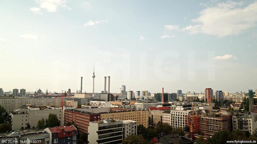 Berlin Köpenicker Str. Skyline tiefer Zuflug tagsüber D001_C030