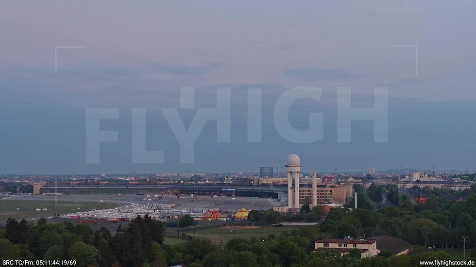 Berlin Hasenheide Tempelhof Skyline Rückflug morgens 2