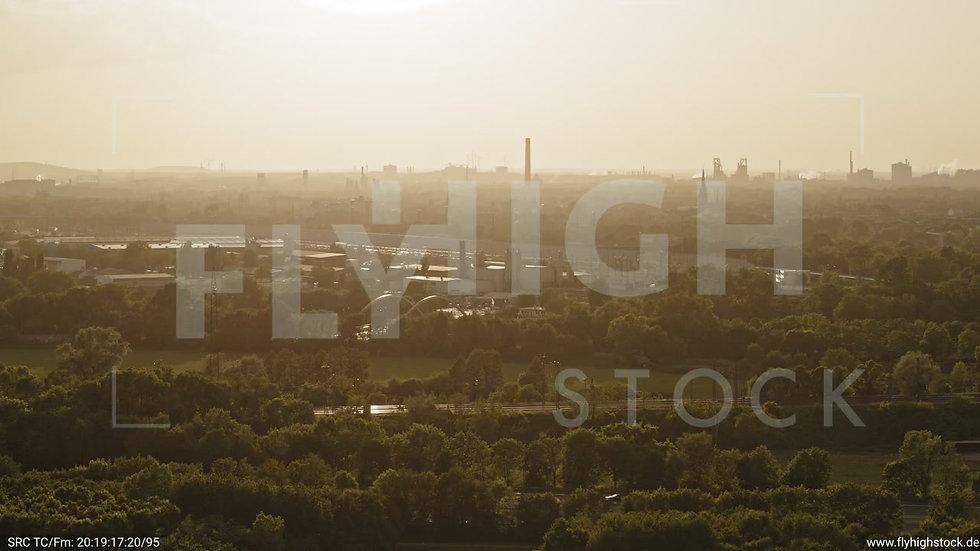 Duisburg Städtedreieck Zuflug nach unten G016_C019