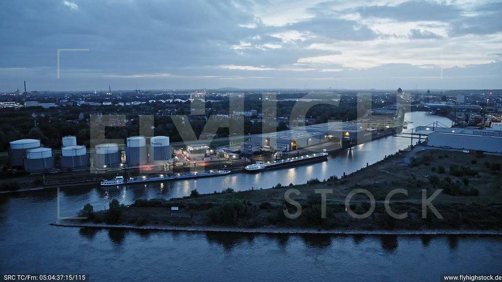 Duisburg Parallelhafen Parallelflug G018_C006