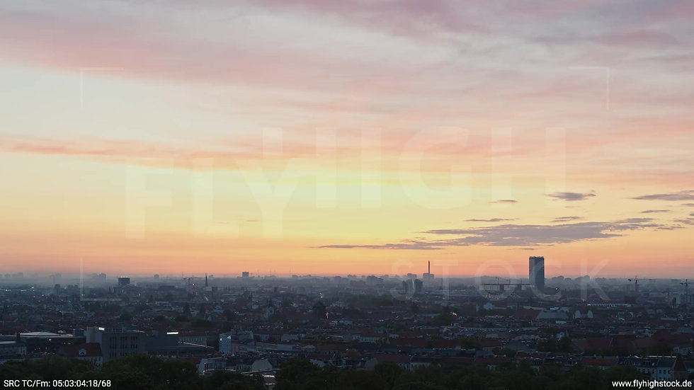 Berlin Hasenheide Allianz Skyline Zuflug morgens
