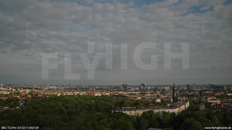 Berlin Hasenheide Kreuzberg Skyline Rückflug morgens 2