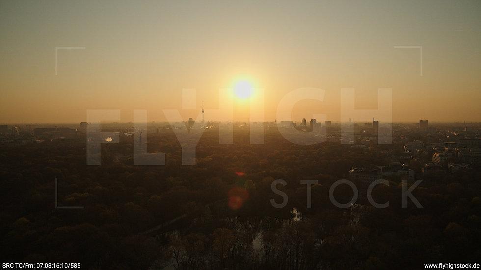 Berlin Tiergarten Skyline Hub morgens 11