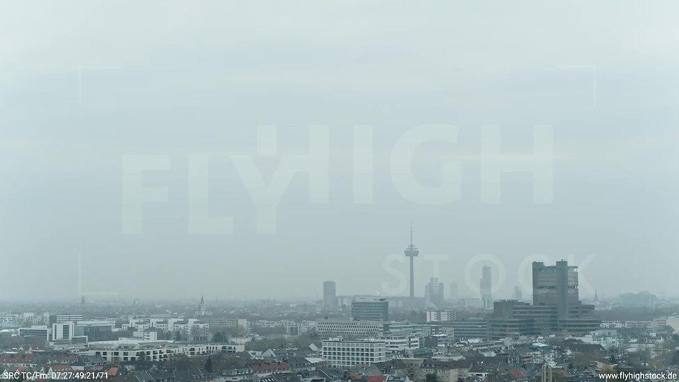Köln Stadtwald DKV Skyline Rückflug morgens
