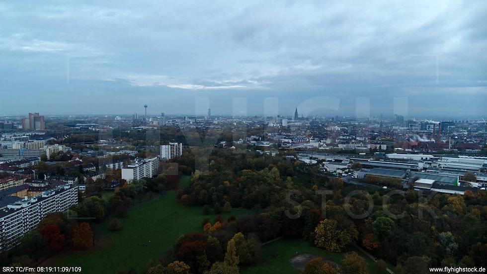Köln Vorgebirgspark Skyline Zuflug morgens C020_C018