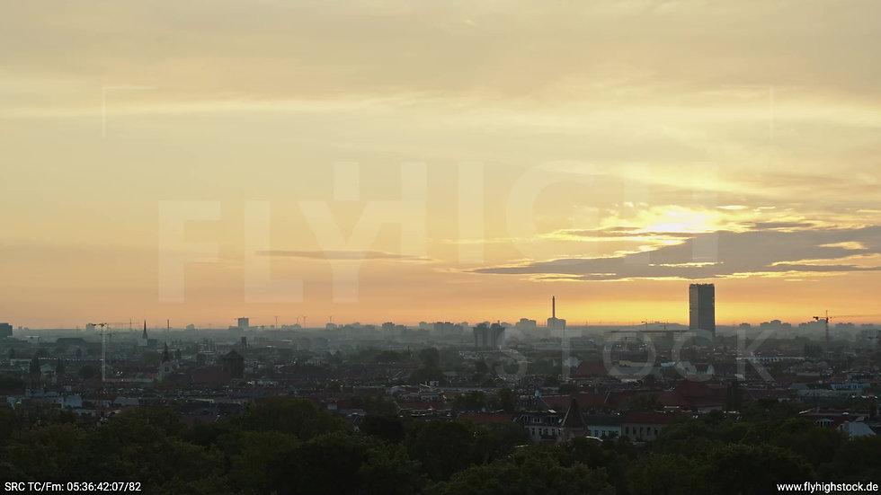 Berlin Hasenheide Allianz Skyline Zuflug morgens 4