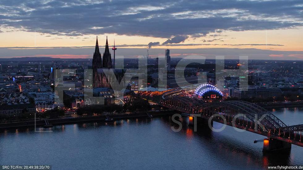 Köln LVR Parallelflug C037_C013