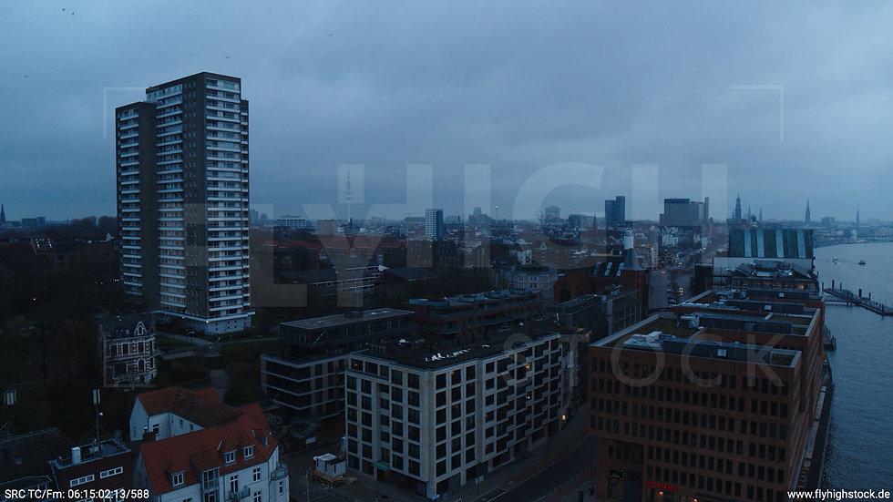 Hamburg Hafen Hub Hafenkran morgens