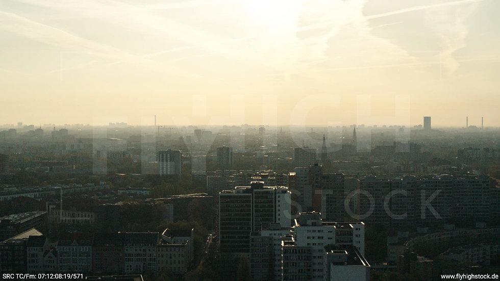 Berlin Hallesches Ufer Skyline Hub morgens 7