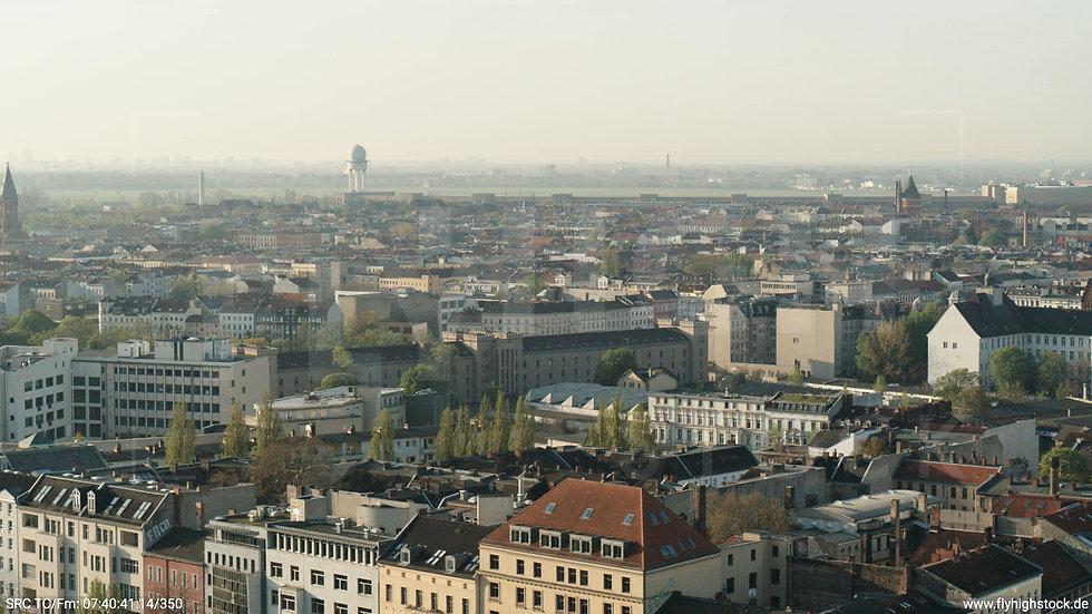Berlin Hallesches Ufer Tempelhof Skyline Hub morgens 2