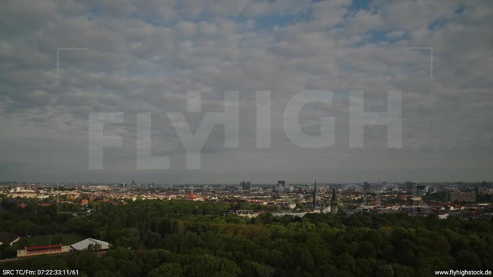 Berlin Hasenheide Kreuzberg Skyline Zuflug morgens 2