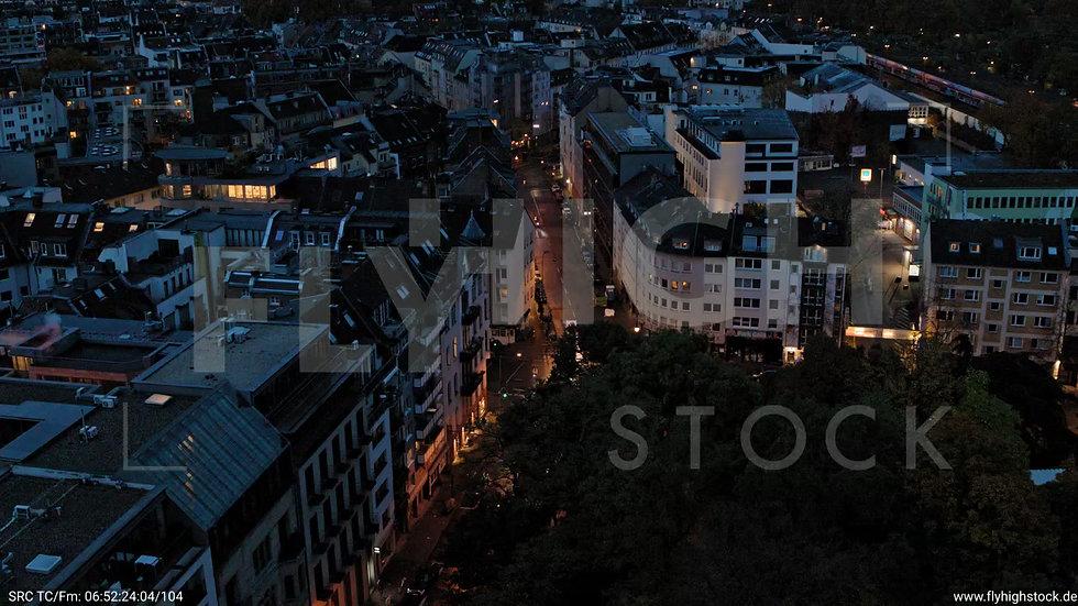 Köln Stadtgarten Rückflug nach oben nachts C082_C008