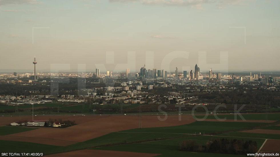 Frankfurt Skyline Rückflug tagsüber 2