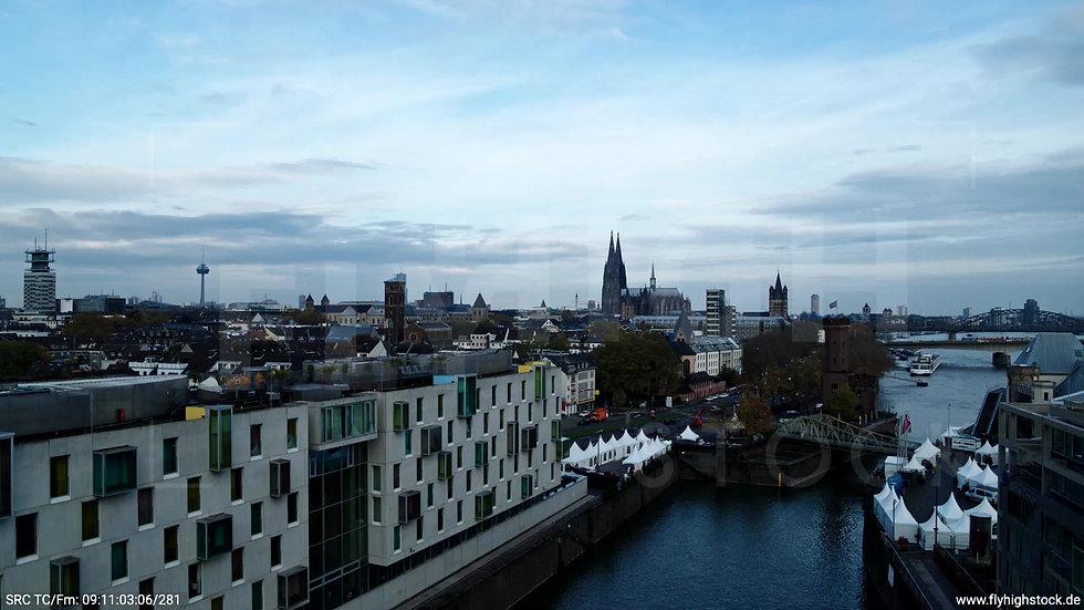 Köln Rheinaufhafen Skyline Hub tagsüber C021_C001