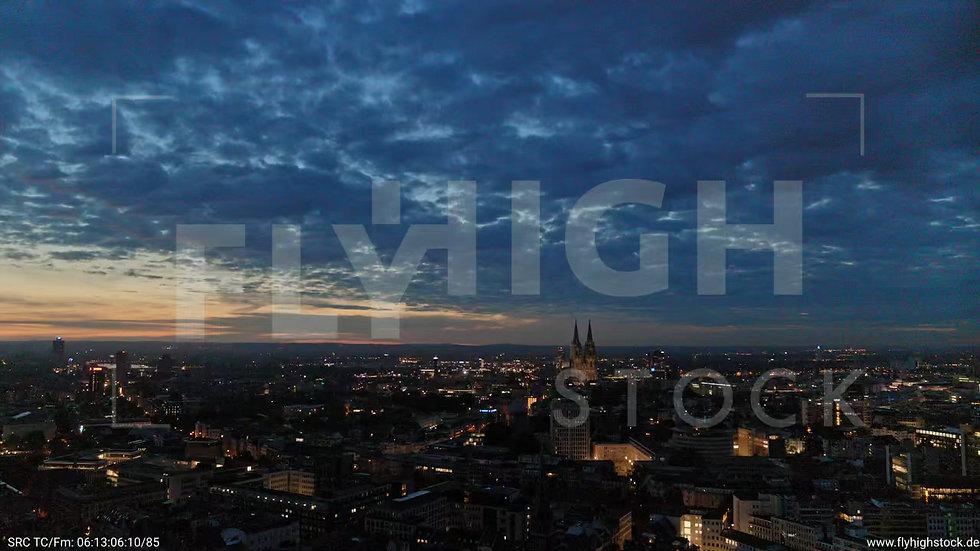 Köln Stadtgarten Parallelflug nachts C051_C006