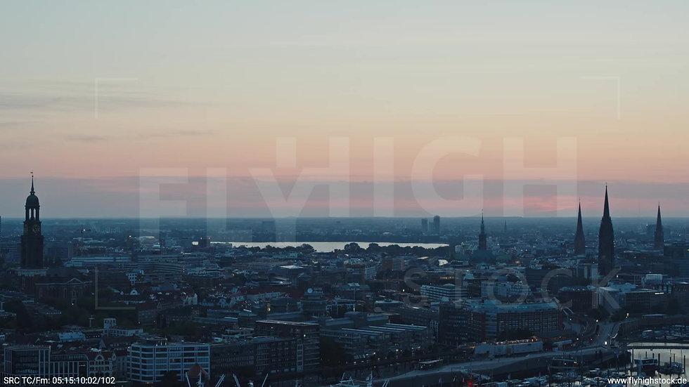 Hamburg Hafen Skyline Zuflug morgens 2