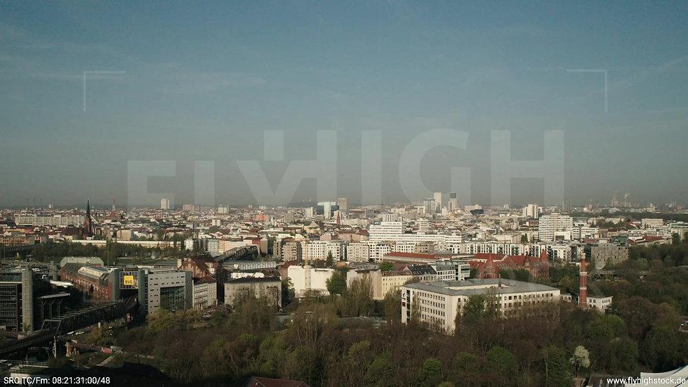Berlin Hallesches Ufer West Skyline Zuflug tagsüber