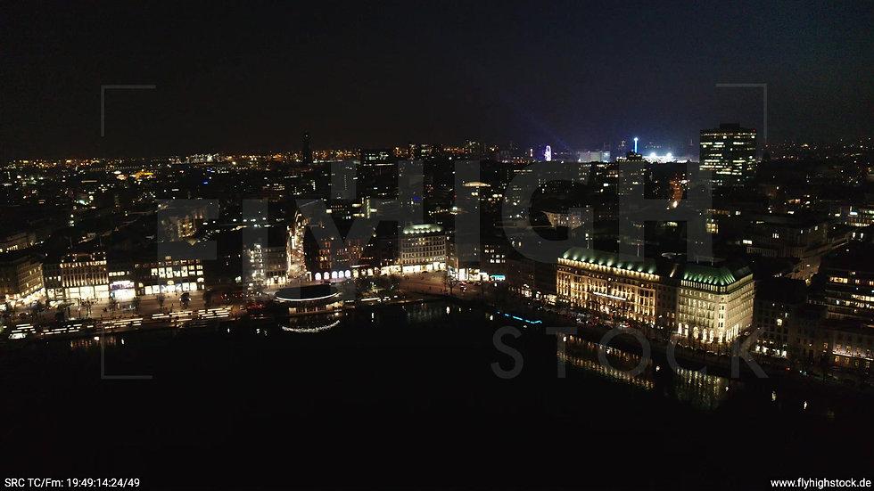 Hamburg Innenalster Zuflug Jungfernstieg nachts
