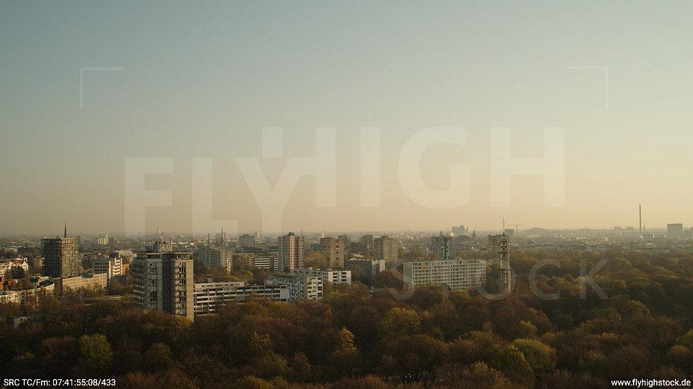 Berlin Tiergarten Stadtteil-Shot Hansaviertel Hub morgens 2