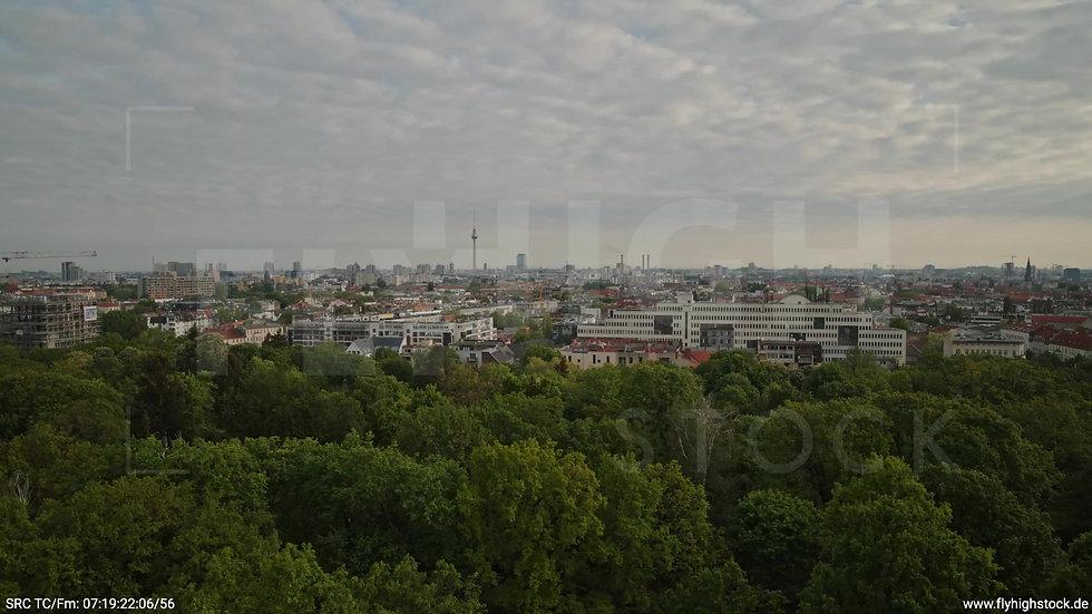 Berlin Hasenheide Skyline Rückflug morgens 14