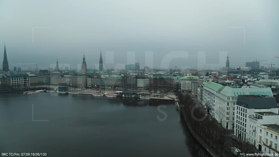 Hamburg Innenalster Zuflug Jungfernstieg morgens bewölkt Winter