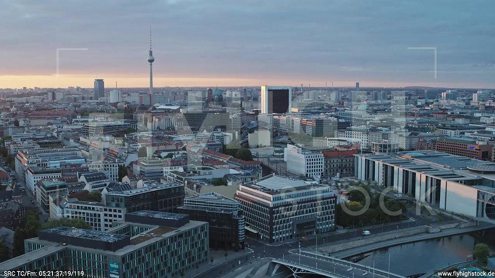 Berlin Spreebogenpark Ost Skyline Zuflug nach unten morgens D037_C015