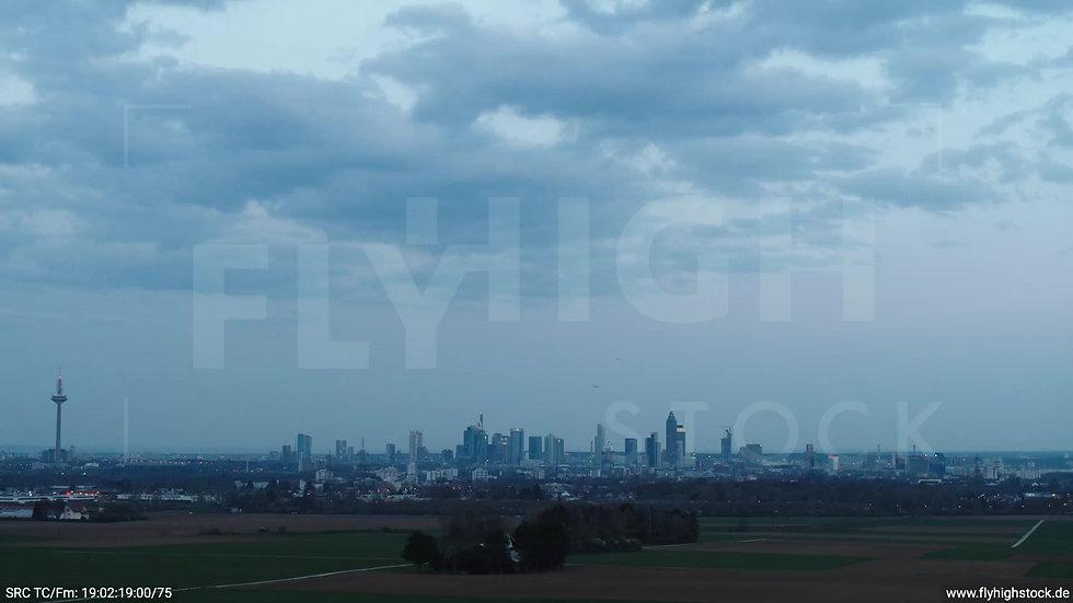 Frankfurt Skyline Rückflug abends 4