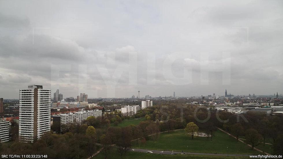 Köln Vorgebirgspark Skyline Zuflug tagsüber 3