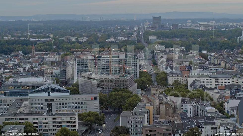 Köln Neumarkt Zuflug nach unten C045_C012