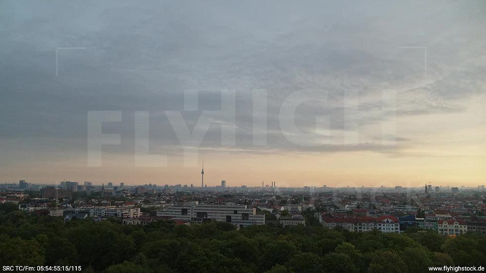 Berlin Hasenheide Skyline Rückflug morgens 8