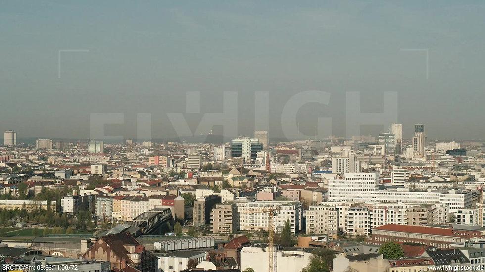 Berlin Hallesches Ufer West Skyline Zuflug tagsüber 2