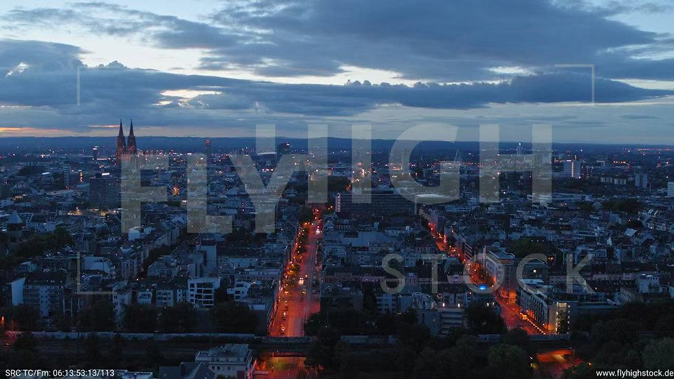 Köln Hiroshima-Nagasaki-Park Parallelflug C031_C010