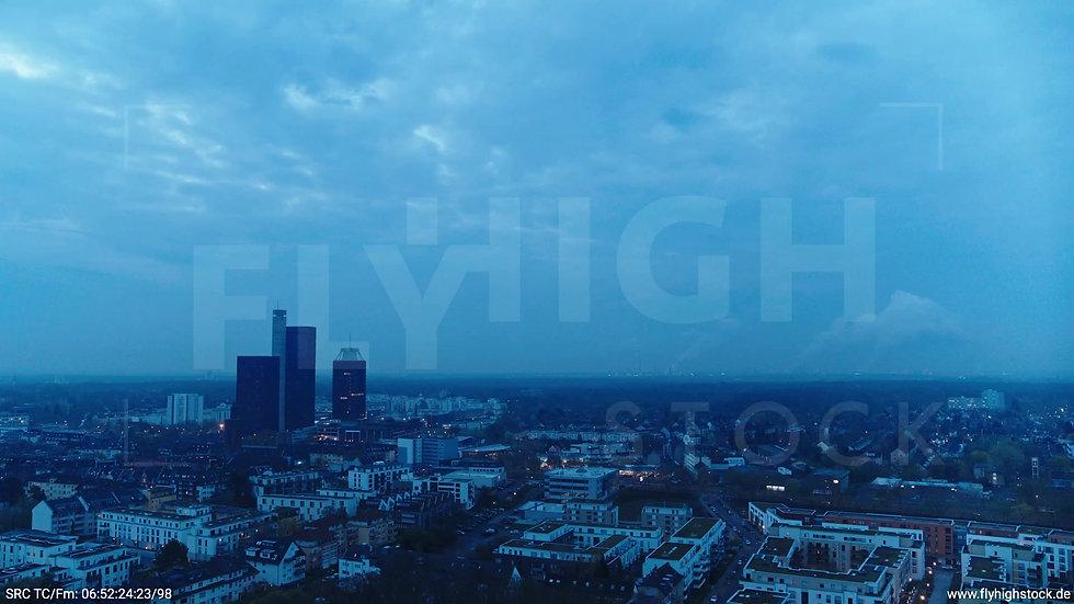 Köln Vorgebirgspark Funkhaus Skyline Rückflug morgens 2