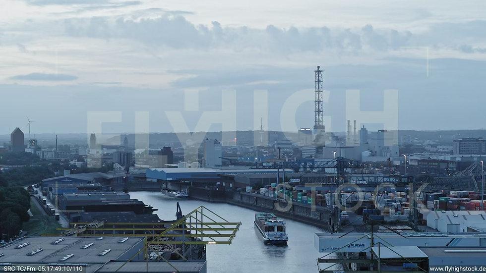 Duisburg Parallelhafen Zuflug G018_C016