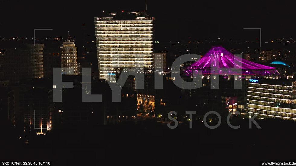Berlin Tiergarten Sony Center Parallelflug nachts D044_C011