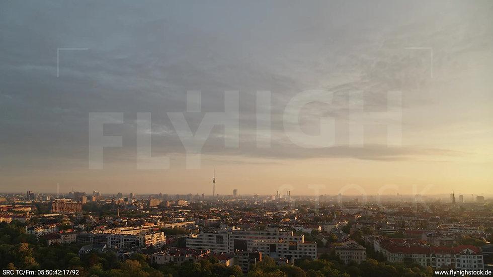 Berlin Hasenheide Skyline Rückflug morgens 7
