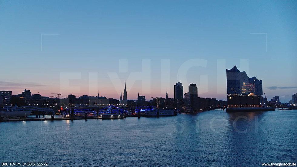 Hamburg Hafen Elbphilharmonie Hub morgens
