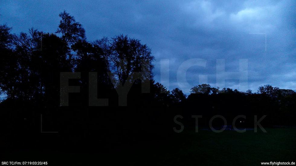 Köln Stadtwald Skyline Hub morgens C020_C004