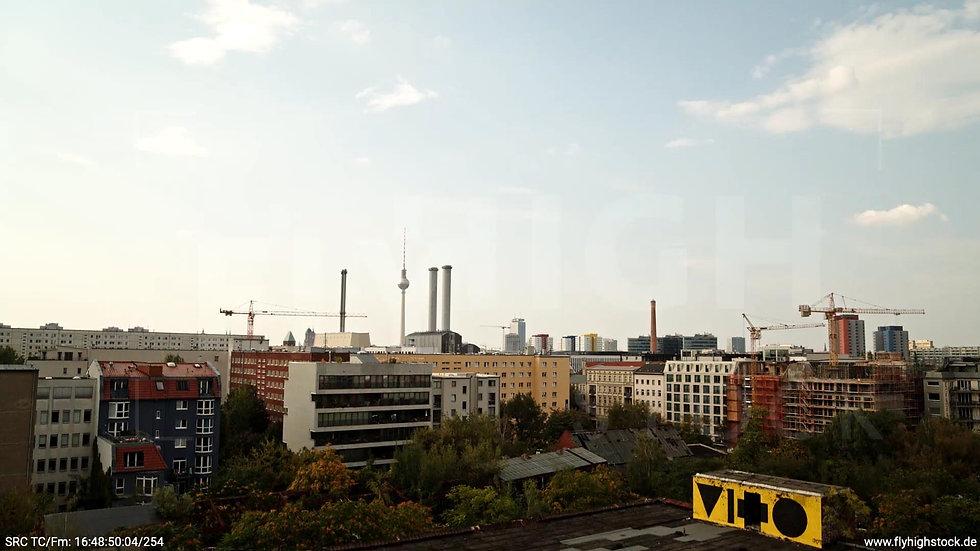 Berlin Köpenicker Str. Skyline Hub tagsüber D001_C031
