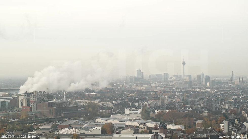Düsseldorf Flingern-Nord Skyline Parallelflug tagsüber F006_C004