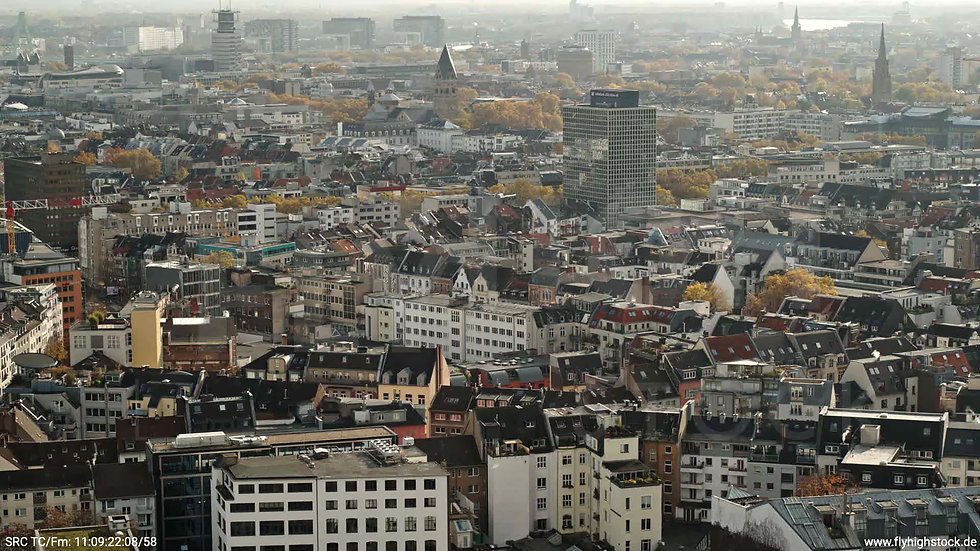 Köln Innerer Grüngürtel Innenstadt tiefer Parallelflug tagsüber C028_C010