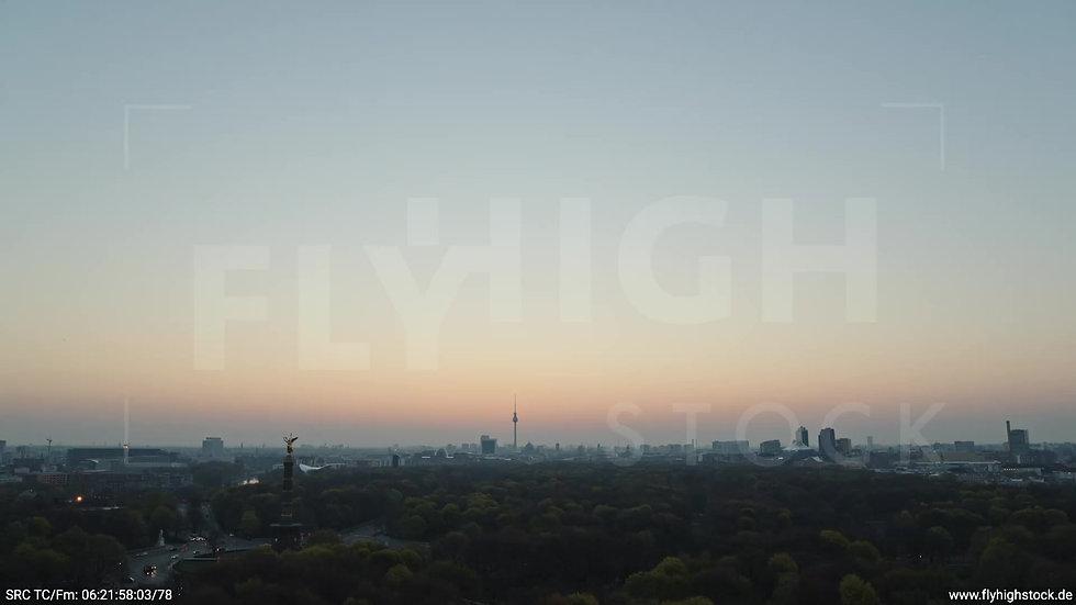Berlin Tiergarten Skyline Rückflug morgens 3