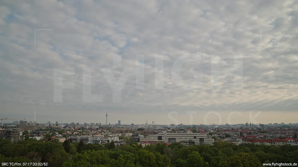 Berlin Hasenheide Skyline Rückflug morgens 13
