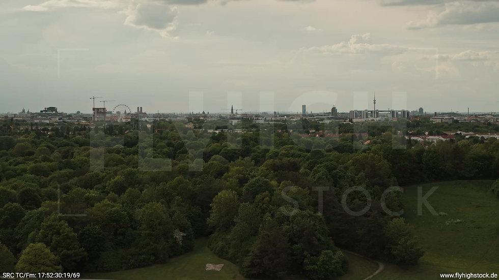 München Ostpark Skyline Zuflug tagsüber 2