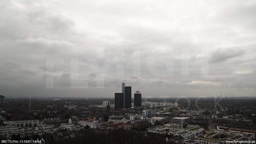 Köln Vorgebirgspark Funkhaus Skyline Zuflug tagsüber