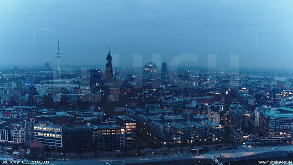 Hamburg Hafen Zuflug Skyline morgens